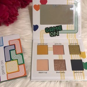 Tetris Ipsy Eyeshadow Palette